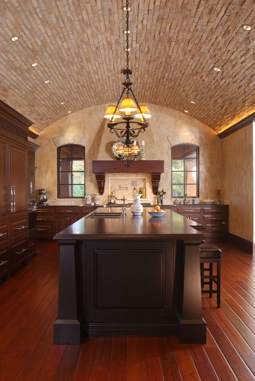 42 kitchens with vaulted ceilings vaulted ceiling kitchen tuscan kitchen design tuscan on kitchen cabinets vaulted ceiling id=35477