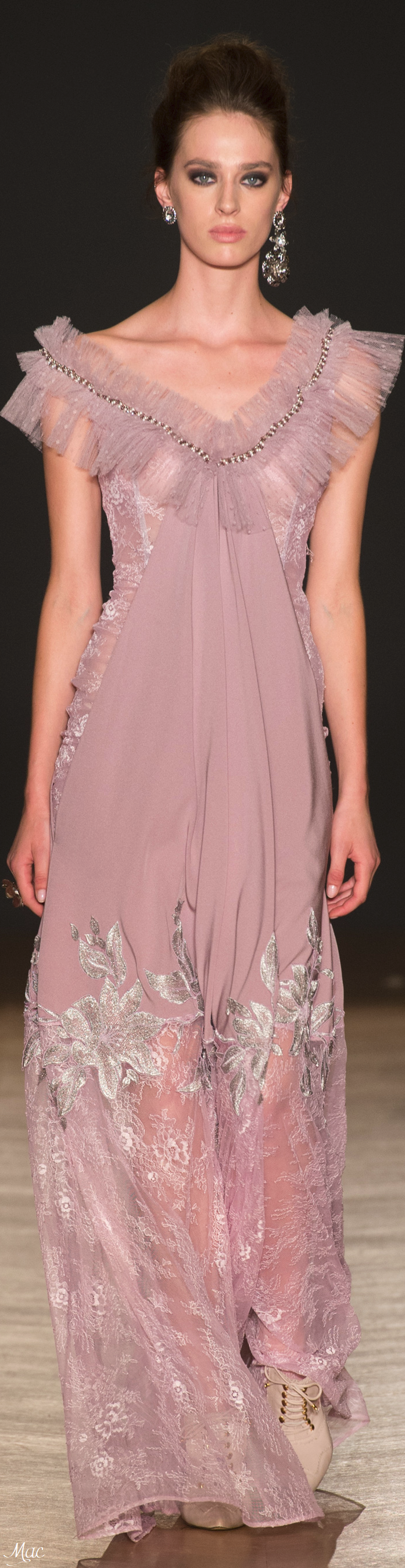Fall 2017 Haute Couture Dany Atrache | Clothes Designs | Pinterest ...