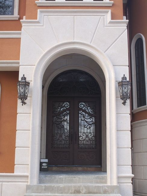 Stone Molding Around Door Architectural Precast Block Used As Well House Exterior Stone Architecture Architecture