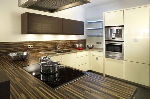 Minimalist Warm Brown Kitchen Design Ideas For The House