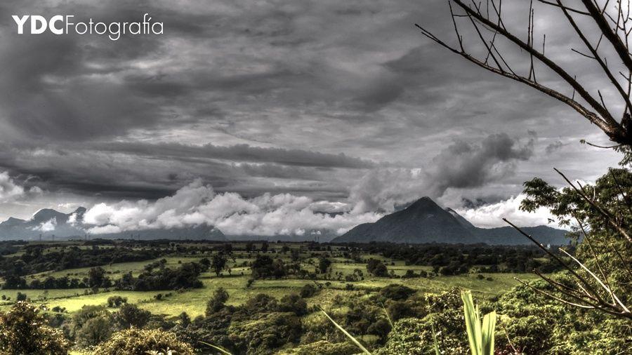 Cloudy day by Yolotl Creativos on 500px