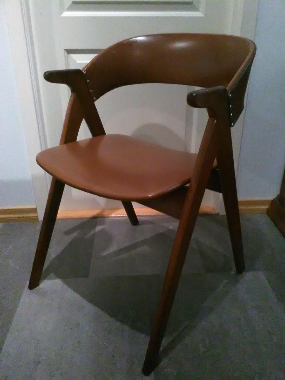 1) Fin 1950 talls design stol i teakbrun skai | FINN.no
