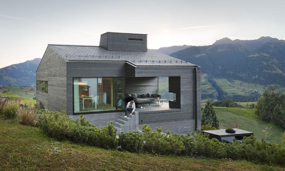 Architekturb ro ivan cavegn ferienhaus schwarz degen - Ferienhaus architektur ...