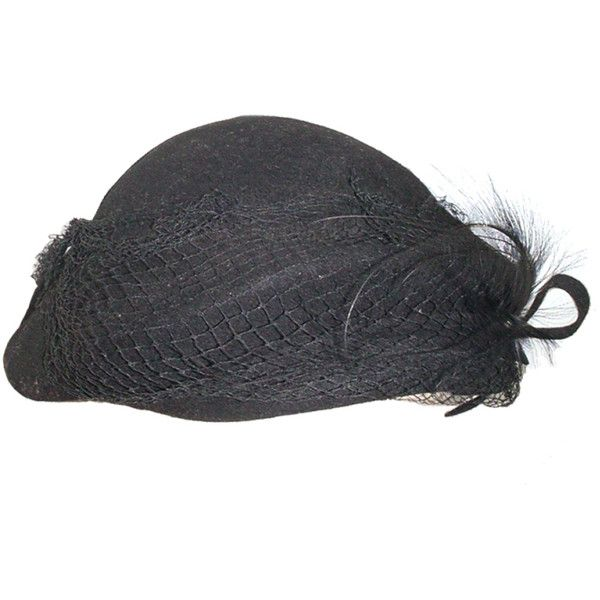 1940s black hat with feathers (391.860 COP) ❤ liked on Polyvore featuring accessories, hats, cappelli, vintage hats, vintage feather hat, black hat, bow hat and black felt hat