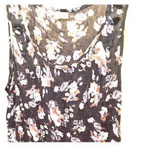 Tops - Tunic style top, sleeveless.