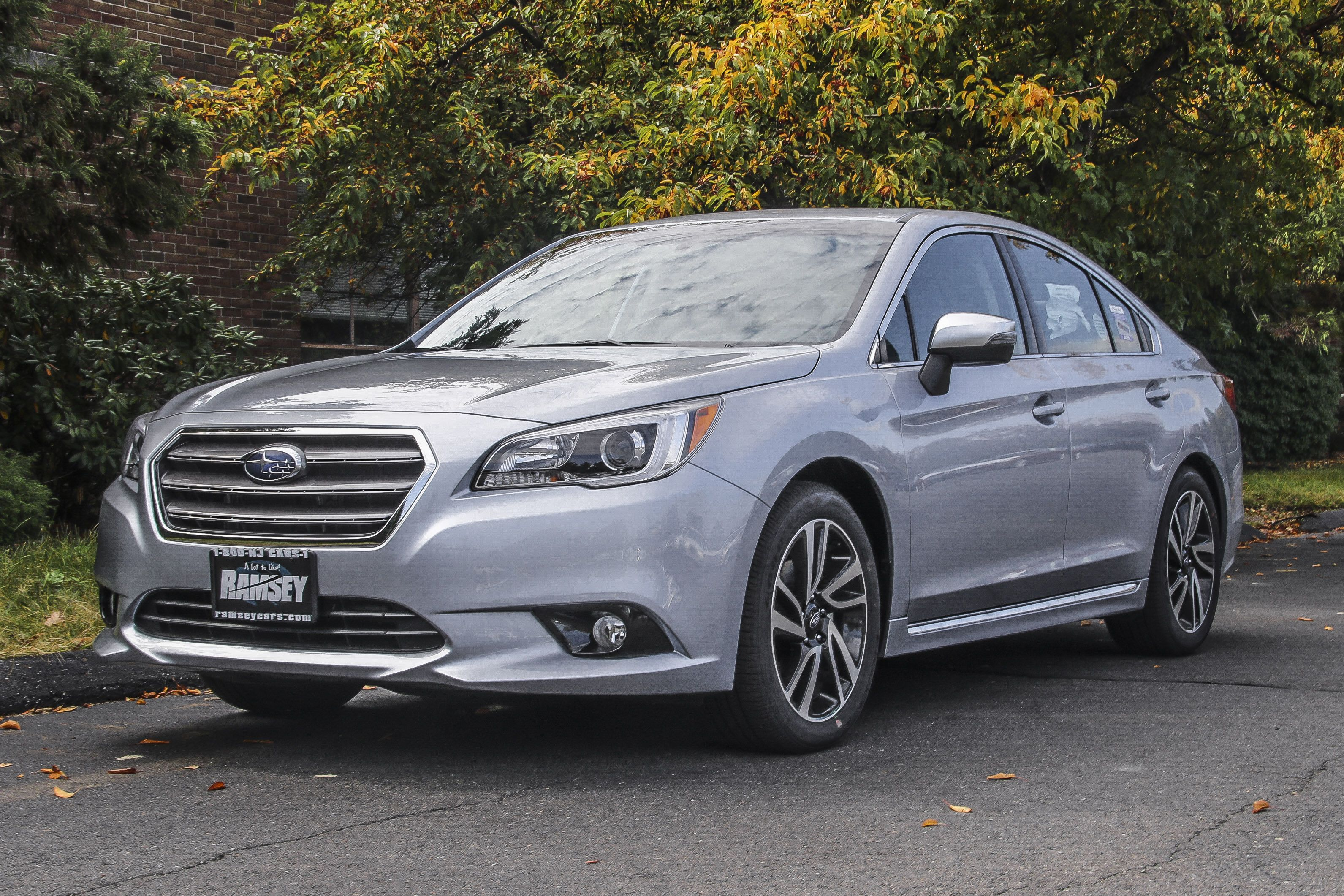 2017 Subaru Legacy 2.5i Sport with Starlink Sedan Subaru