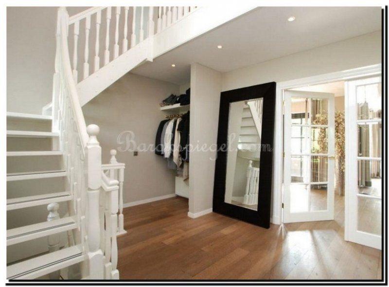 moderne zwarte spiegel in slaapkamer http://www.barokspiegel.com ... - Spiegel Modern