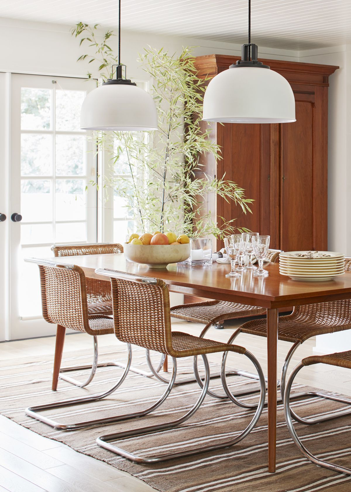 house tour a relaxed sonoma ranch in neutrals dining rooms rh pinterest com