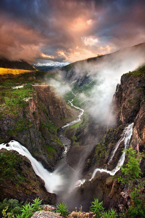 Voringfossen cataratas, Noruega