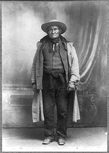 Geronimo Apache Chief 1829 1909 One Who Yawns Indian