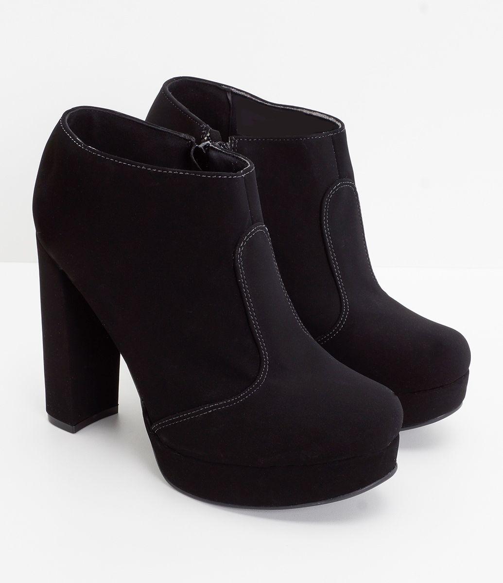 74b8b8a63f Bota feminina Material  sintético Meia pata Marca  Satinato Com cano curto  COLEÇÃO INVERNO 2017 Veja outras opções de botas femininas.