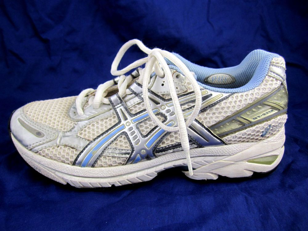 Asics GT 2110 womens tennis running shoes sz 7.5 white athletic white blue 36a0705efe