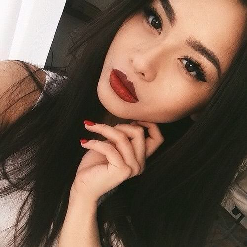 Pretty Asian Looking Chic with Red Lips and Nude Makeup