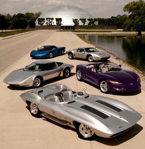 Corvette Stingray racer (front) Aerovette, originaly XP-882 (left middle) Stingray III (middle left) CERV 3 (left back) Corvette XP-895 (right back)
