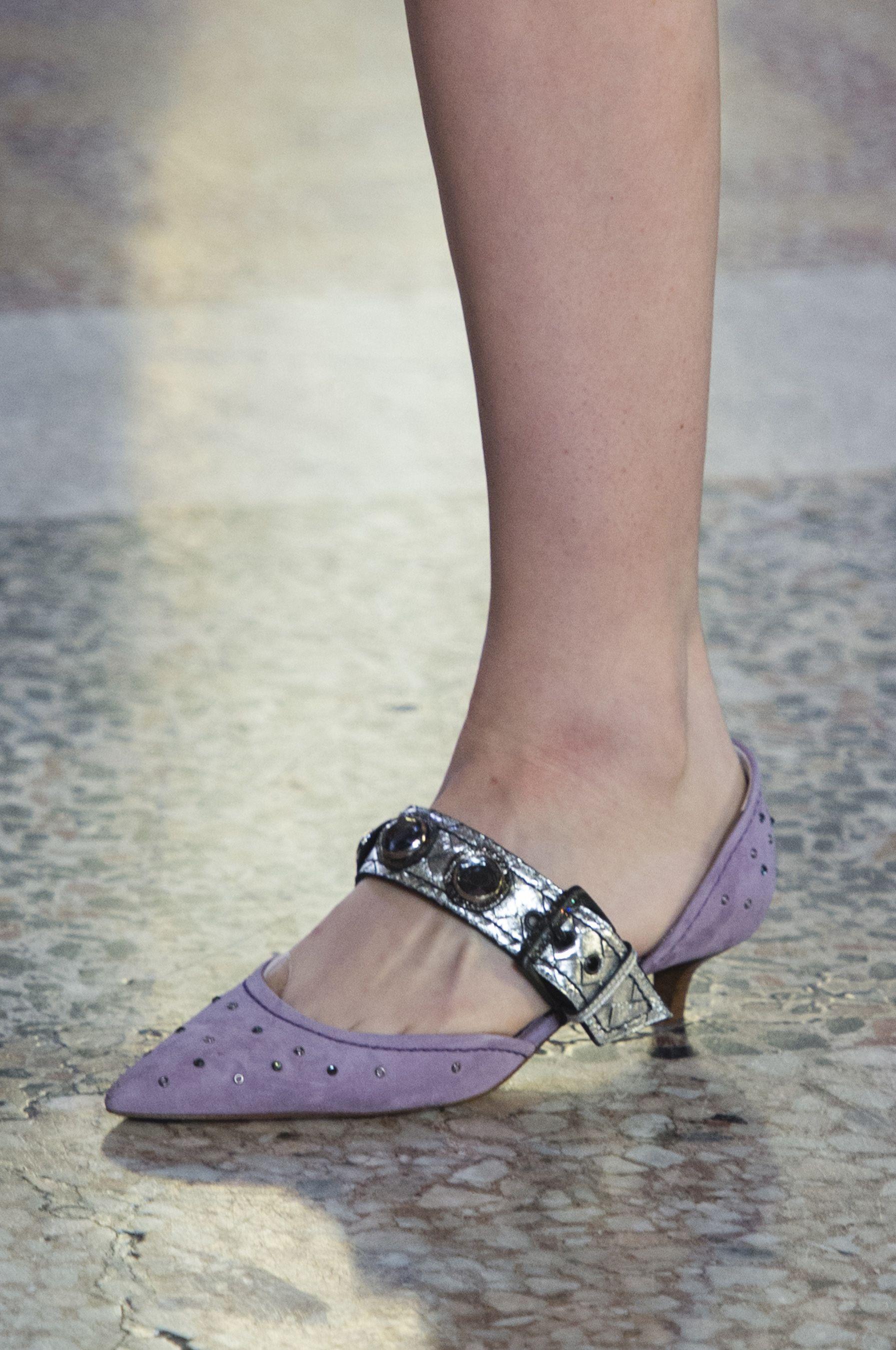 Pin On Shoephilia