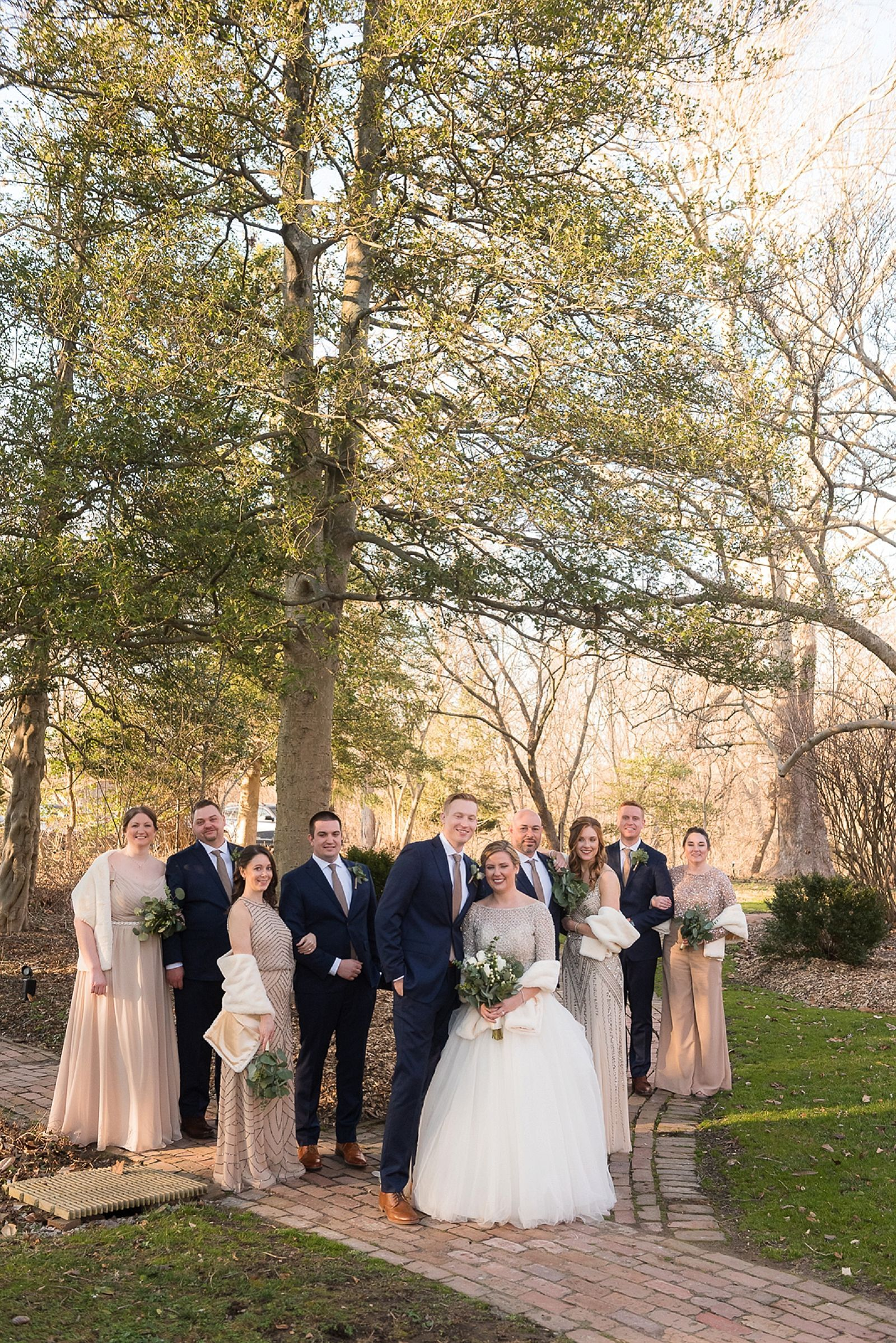Warm Winter Wedding At The Elkridge Furnace Inn In 2020 Baltimore Wedding Baltimore Wedding Photographer Winter Wedding