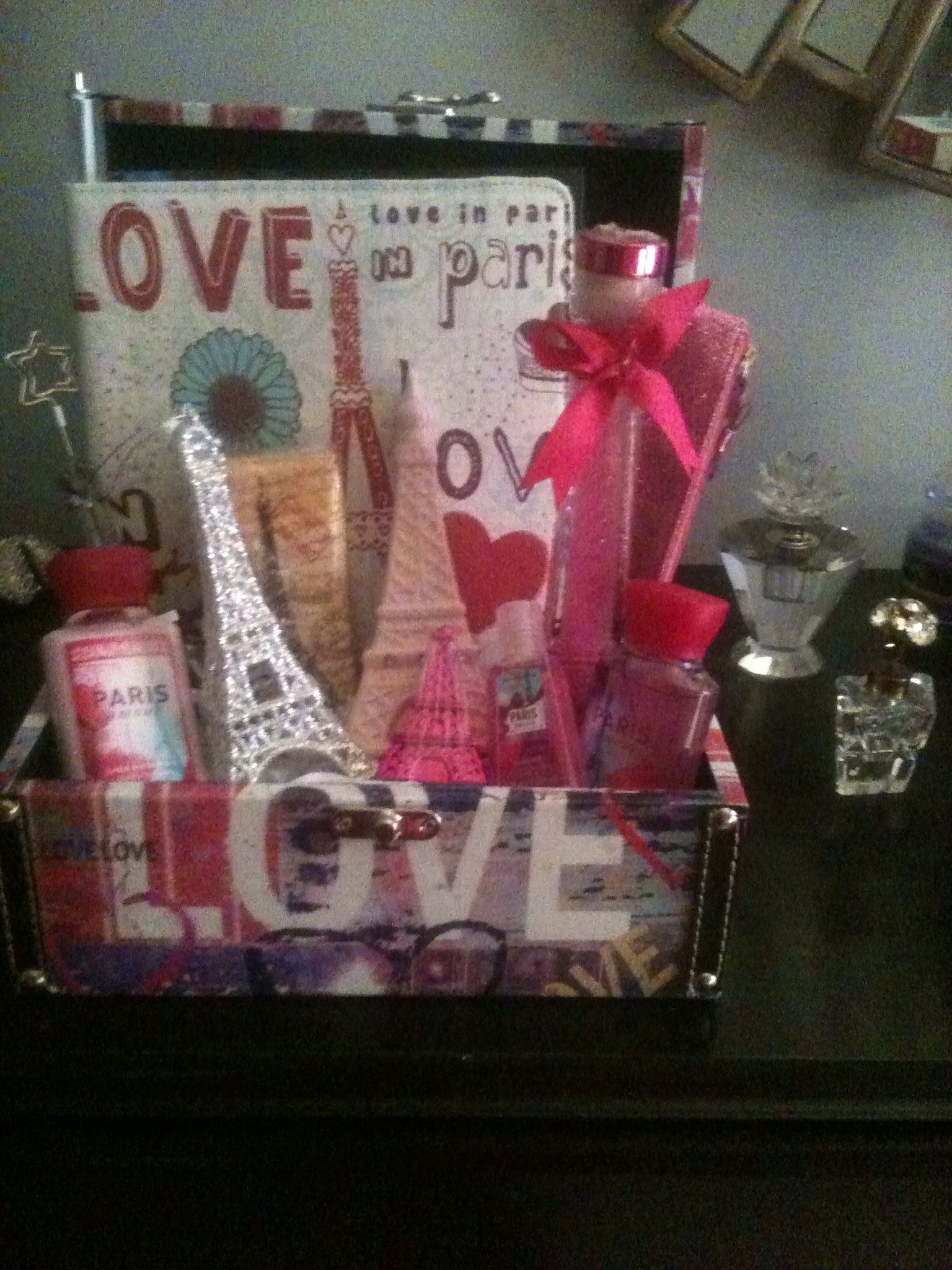 Box Of Paris Themed Items For Teenage Girl Themed Gift