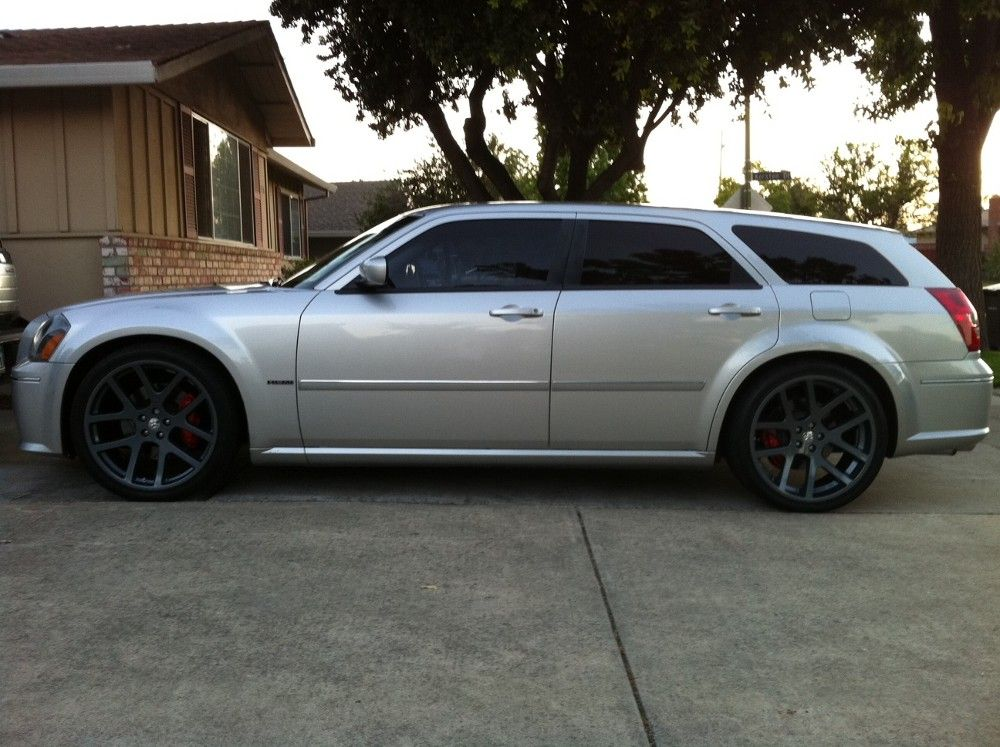 2006 Dodge Magnum Srt8 With 22 Comp Gray Viper Wheels This Is My