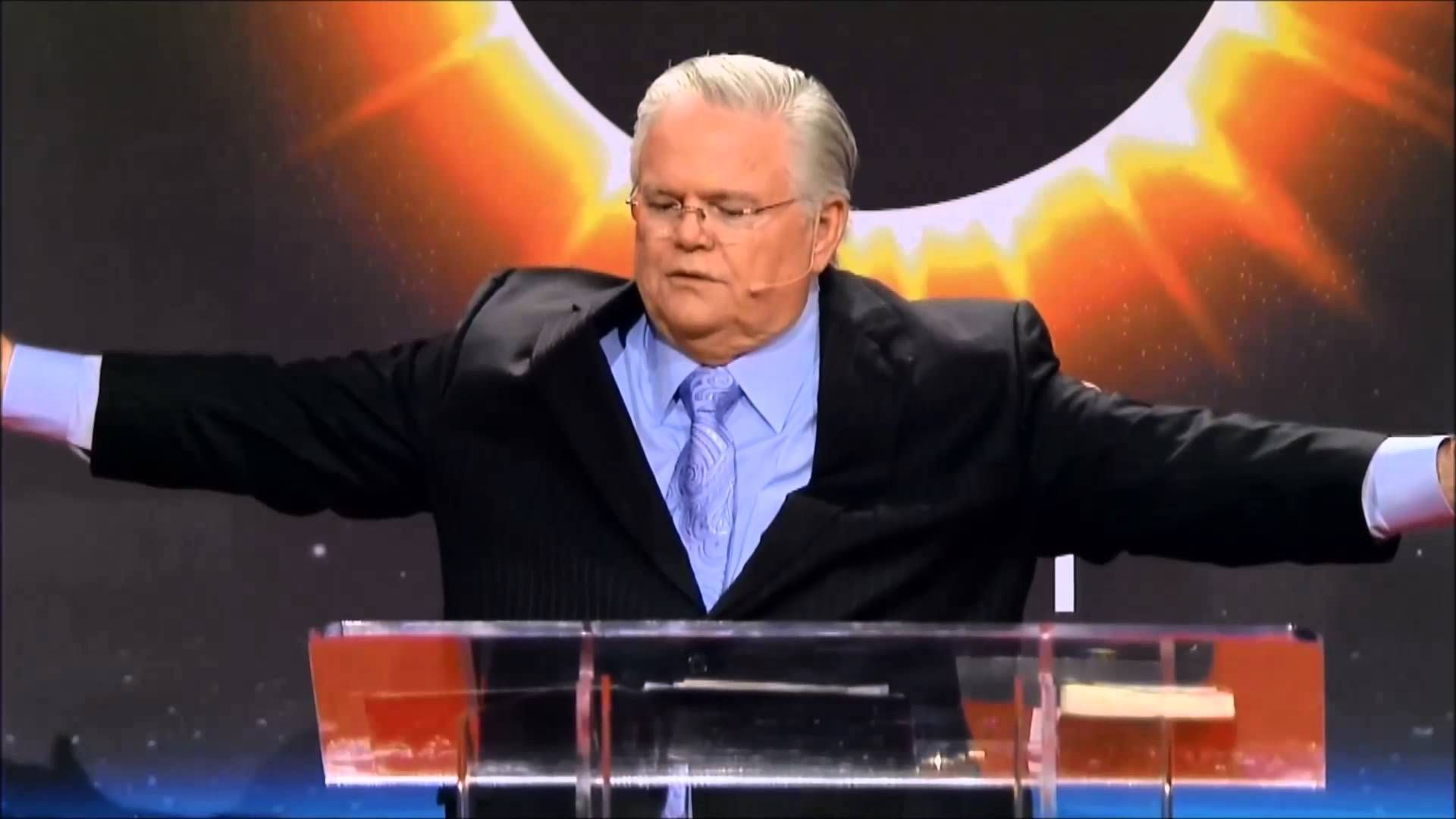 The Coming Four Blood Moons by John Hagee (full) | John ...