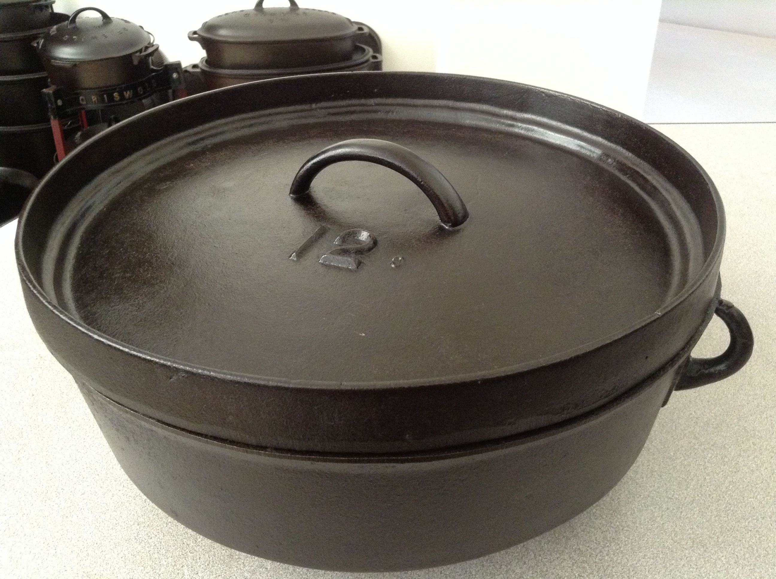 No 12 Country Hollow Ware Shallow Dutch Oven Sizes Made Were Nos