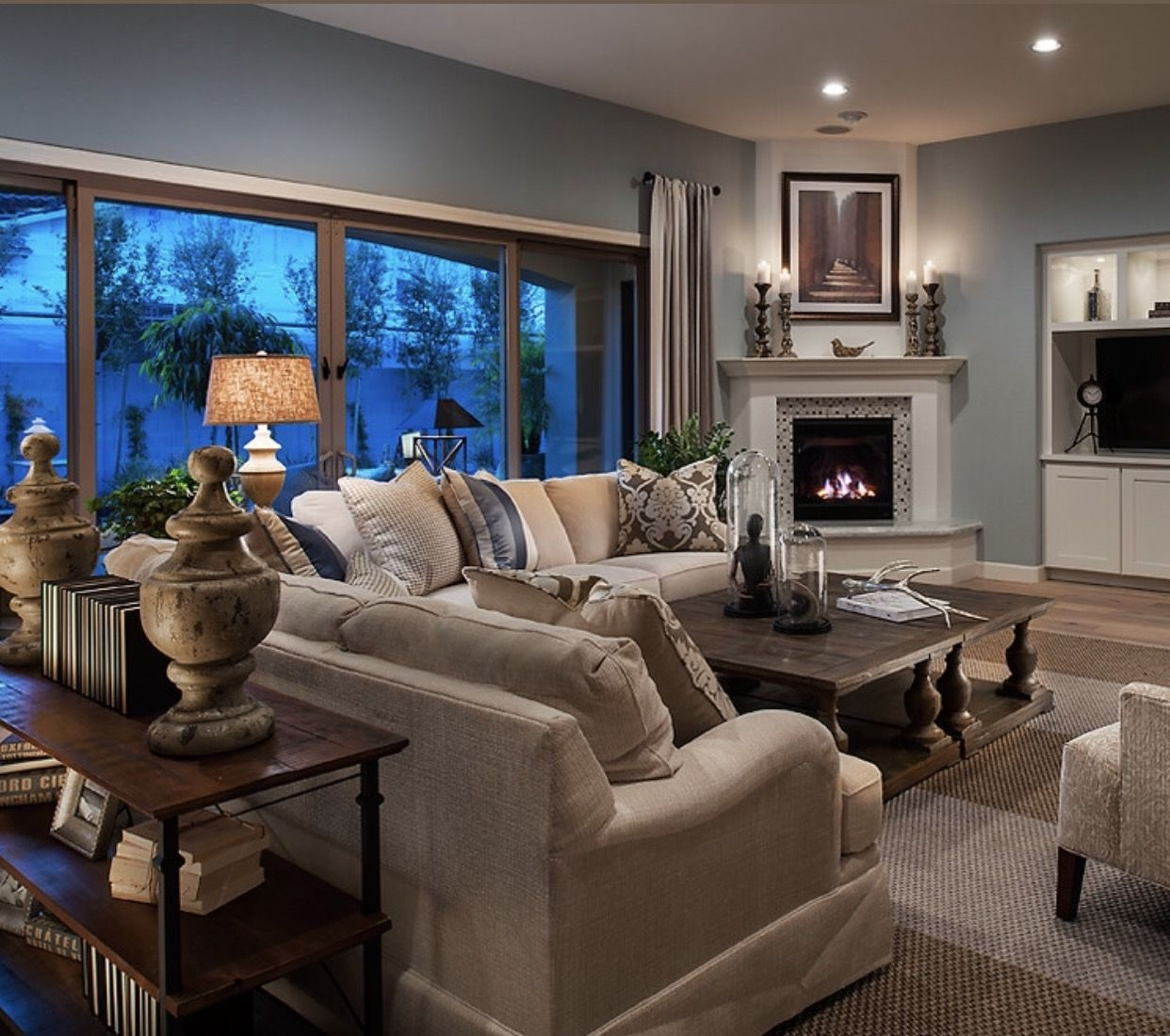 15 Perfect And Cozy Small Living Room Design: Pin By Ryan Tainter-Nutt On Living Room Ideas