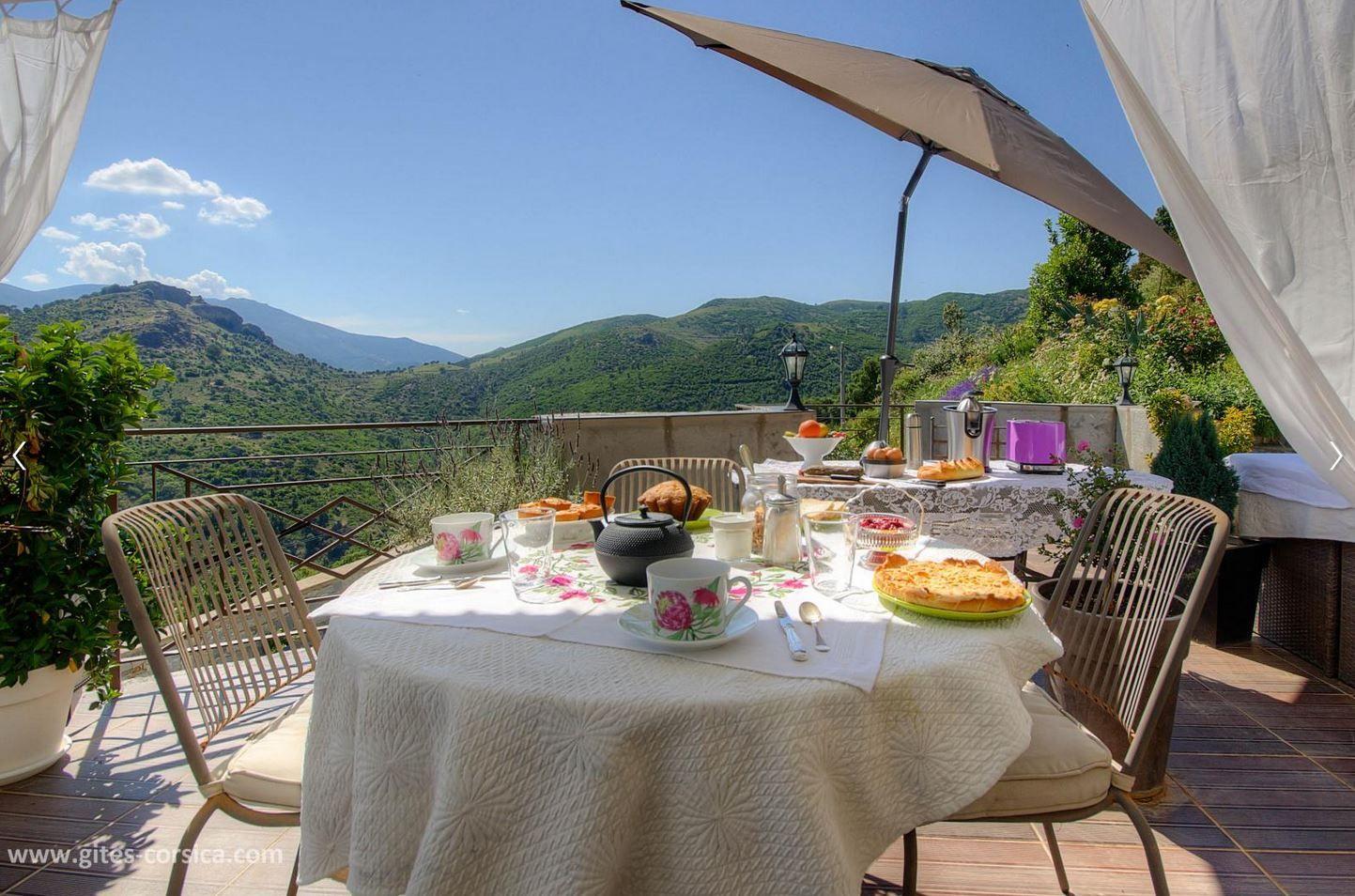 En Quete D Un Sejour En Pleine Nature Cette Maison D Hotes Au Cœur Du Niolu Est Parfaite Pour Un Depaysement Gite De France Maison D Hotes Vacances Corse