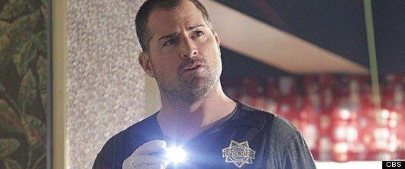 Dopo ben quindici stagioni arriva alla conclusione l'avventura dell'attoreGeorge Eads in CSI. Pare infatti che al termine della stagione numero quindici, appunto, Eads lascerà il suo ruolo interpr...