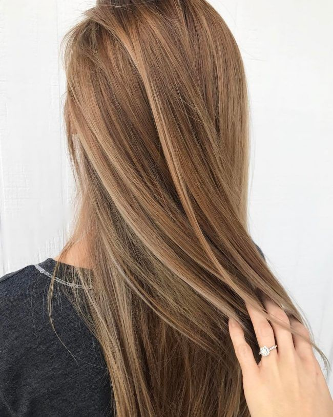 2019 year for lady- Brown and blonde hair color