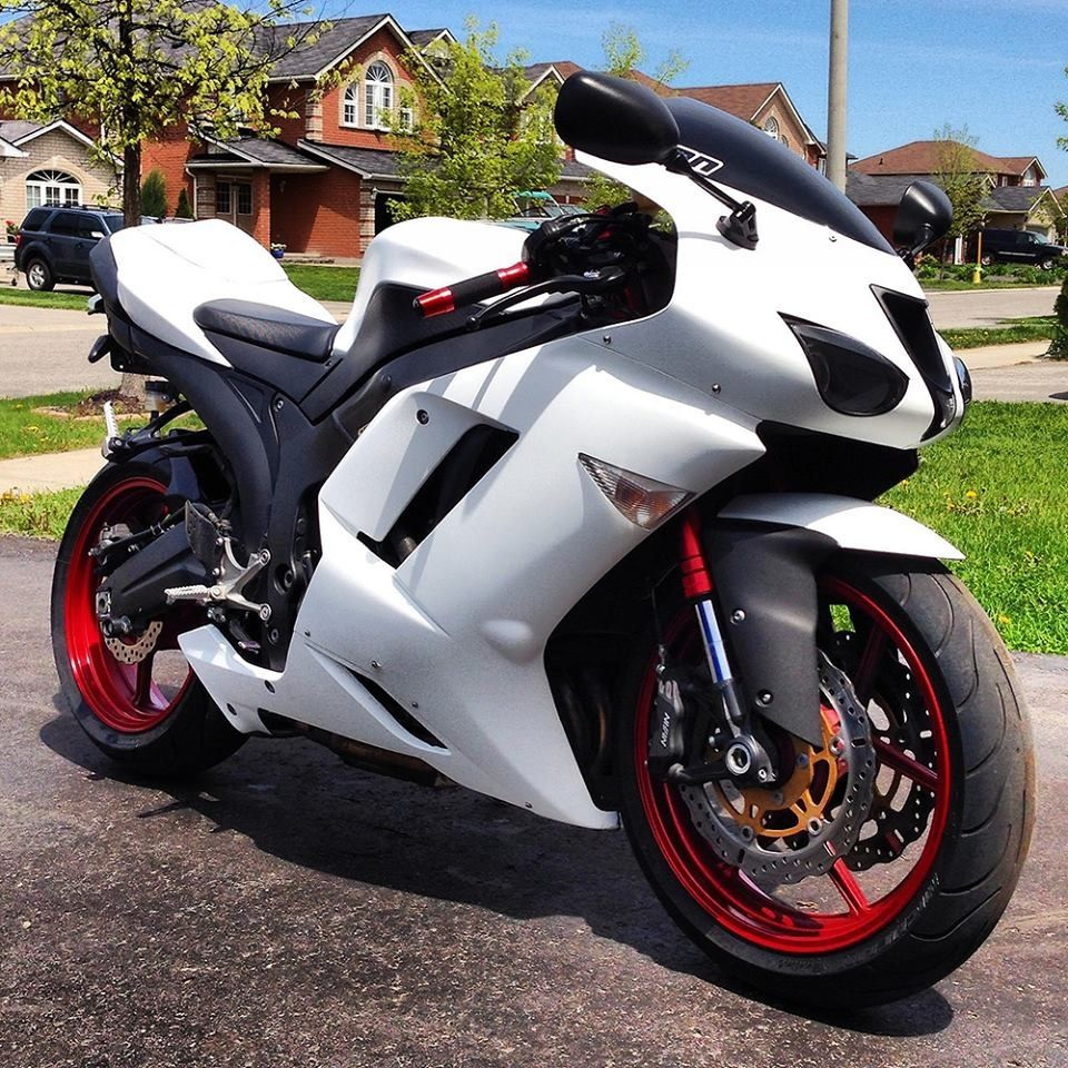 2007 Kawasaki Ninja Zx 6r Matte White On Black With Red Rims And