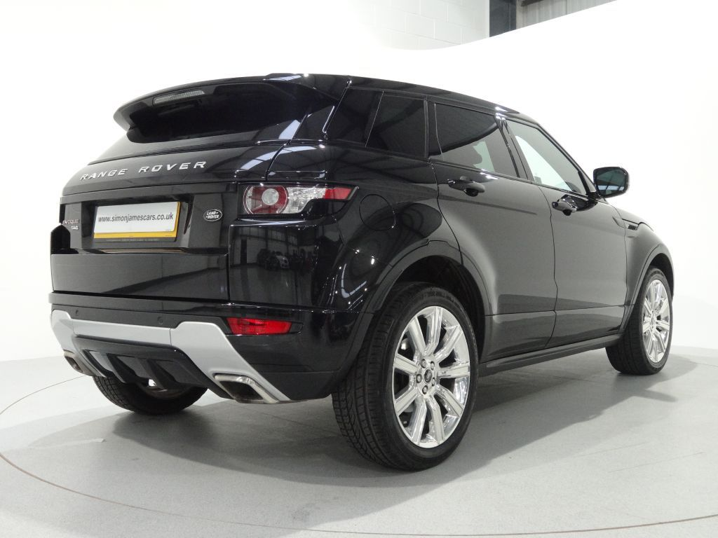 Range Rover Evoque 2 0 Si4 5 Door Dynamic Plus Finished In Santorini Black With Black Velocity