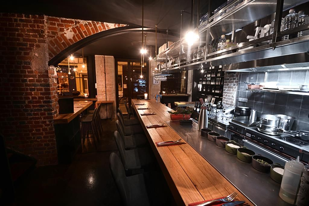 Image Cuisine Ouverte Et Salle De Restaurant Rdc Atelierjmca - Deco salle de restaurant pour idees de deco de cuisine