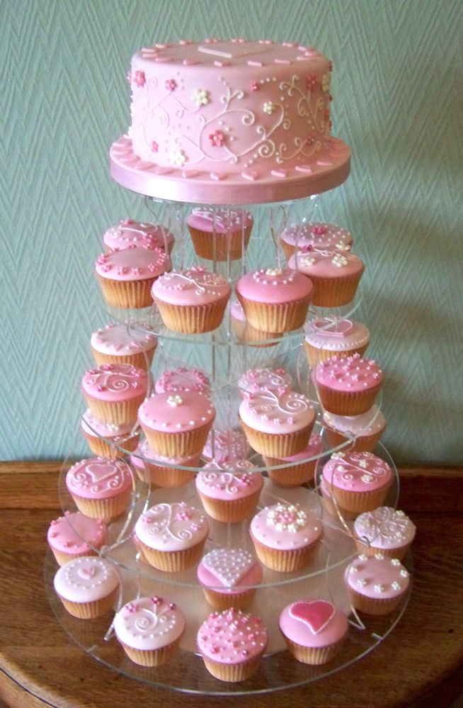 Not Pink Cupcakes But Carrot Cake Cupcakes With Wedding Cake On