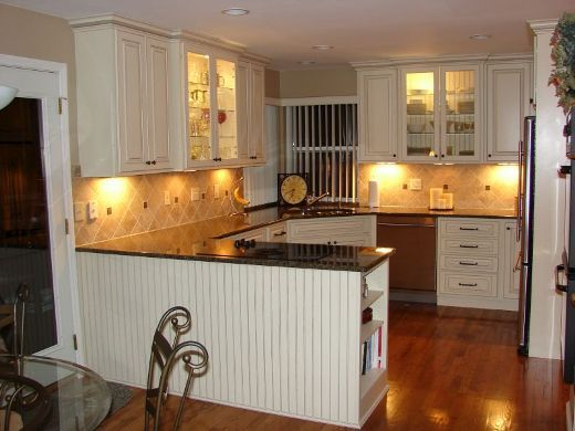Deluxe Kitchen Cabinets St Louis With Ceramics Backspalsh Luxury White