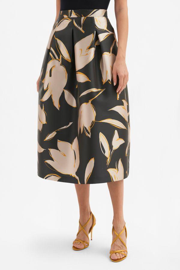 Printed corolla skirt