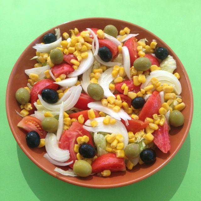 VIDA FELIZ: na Horta: Salada de TOMATE Especial