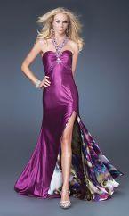 Discover the latest fashion trend of Pronovias Aglaya Elie By Elie Saab. Shop cheap Pronovias online. Only $309.34 http://www.weddingdressesbrand.com/pronovias-aglaya-elie-by-elie-saab-p-1749.html