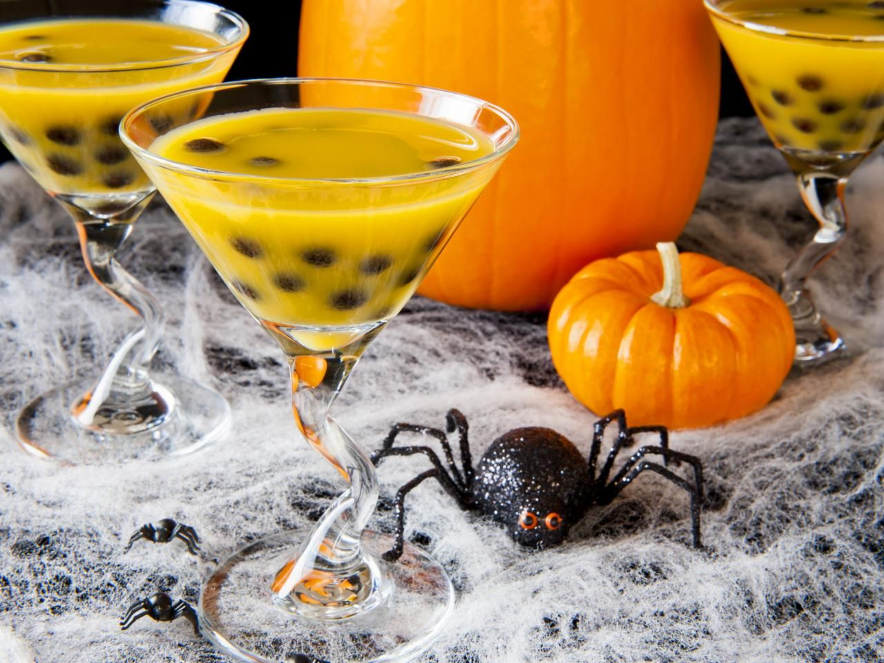 Kids Cocktail Party Ideas Part - 20: 23 Halloween Cocktail Recipes | Entertaining Ideas U0026 Party Themes For Every  Occasion | HGTV