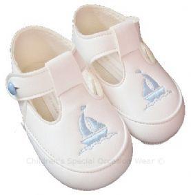d9b3155cb0d63 Baby Boys White & Sky Blue T-Bar Boat Pram Shoes Baypods Christening  Wedding Party
