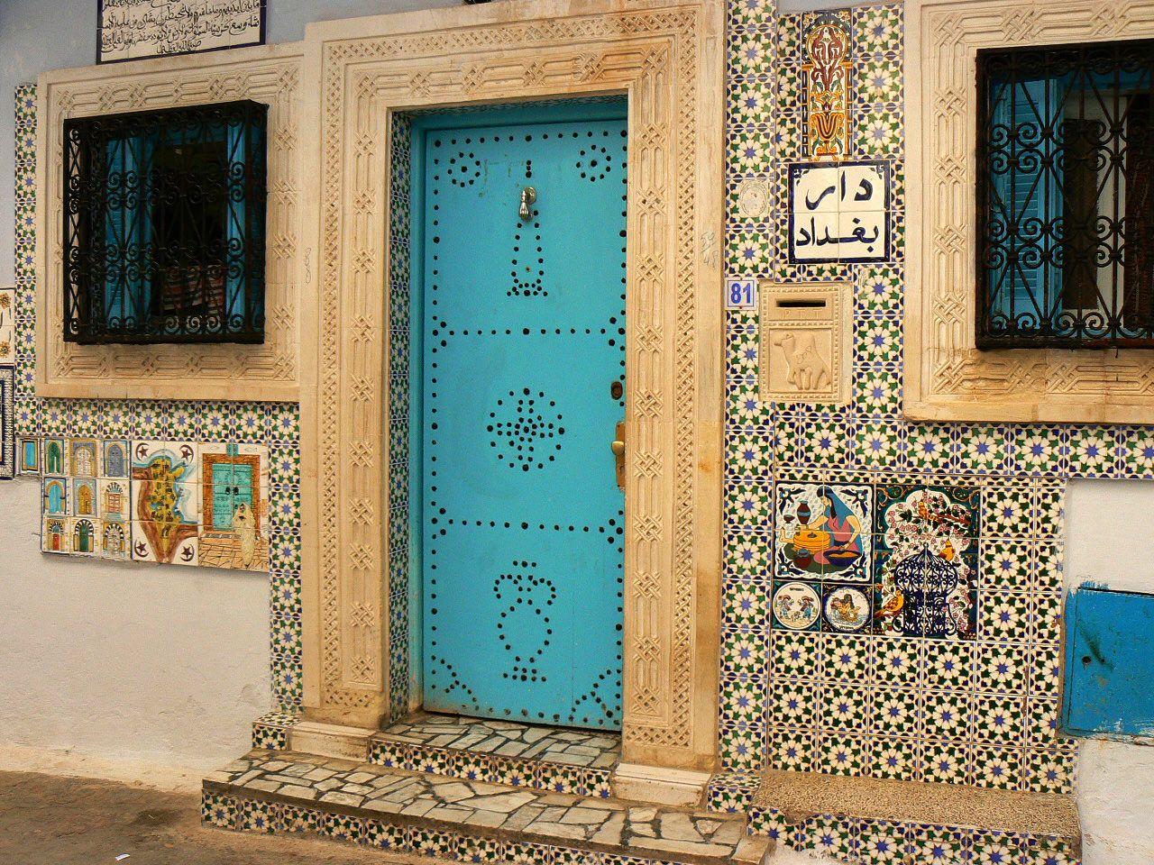 door somewhere in tunisia