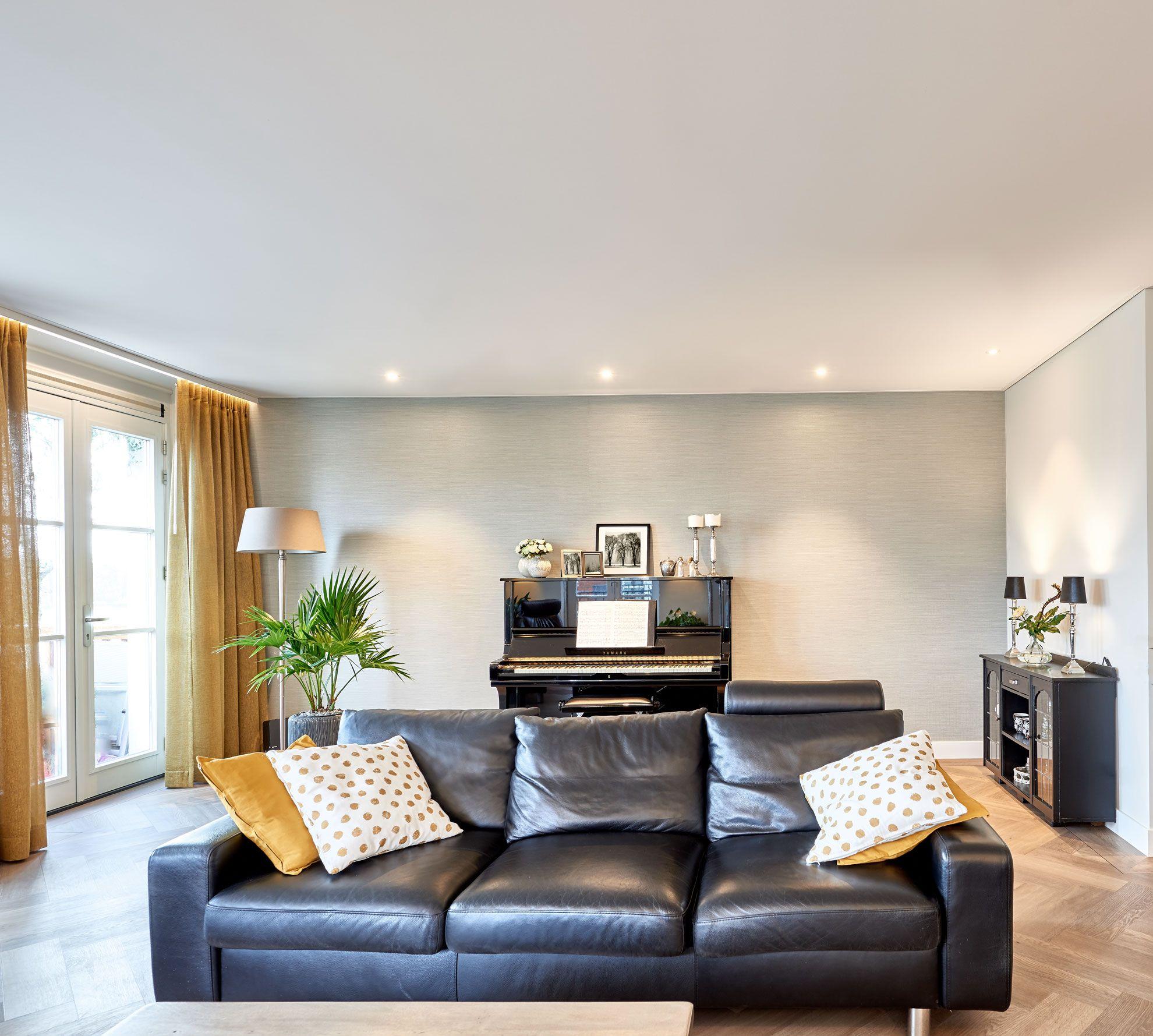 Wohnzimmerdecke Weiss Mit Strahlern Wohnzimmer Decken Decke