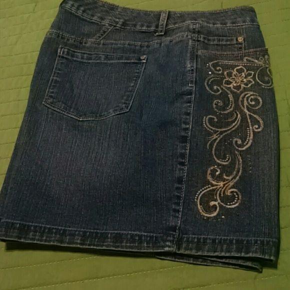 Gloria Vanderbilt shorts petite nwot Bling on legs Gloria Vanderbilt Jeans Boyfriend