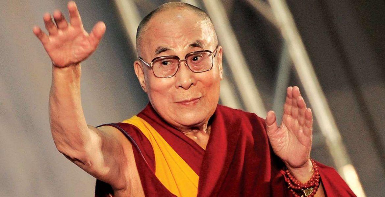 En La India Las Escuelas Enseñarán Cómo Ser Feliz Basándose En Las Premisas De Dalái Lama Buena Vibra Cómo Ser Feliz Dalai Lama Ser Feliz