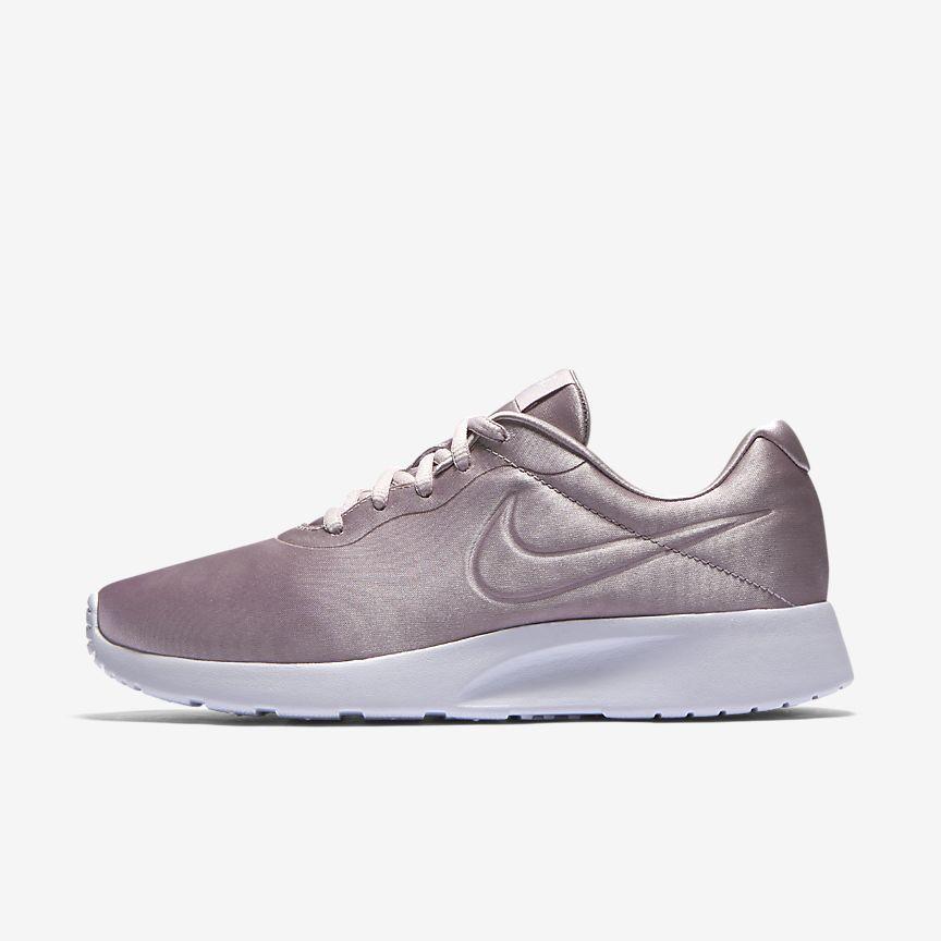 Nike Tanjun Premium Women's Shoe | Pink