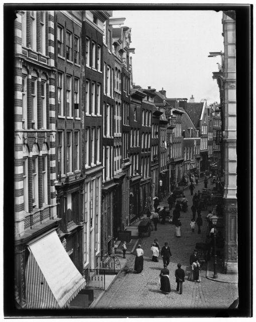 Zeedijk 1890 http://a4a.contentecontent.com/olie