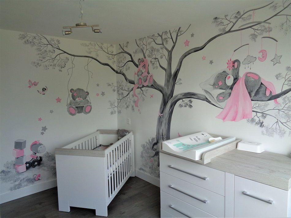 Beertjes muurschildering volledige babykamer meisje kids in