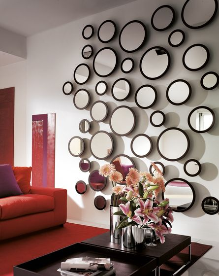 Stars By Porada Round Mirrors With Frame In Ash Used In Multiple Compositions Espejos De Pared Decorar Paredes Con Espejos Decoracion Espejos