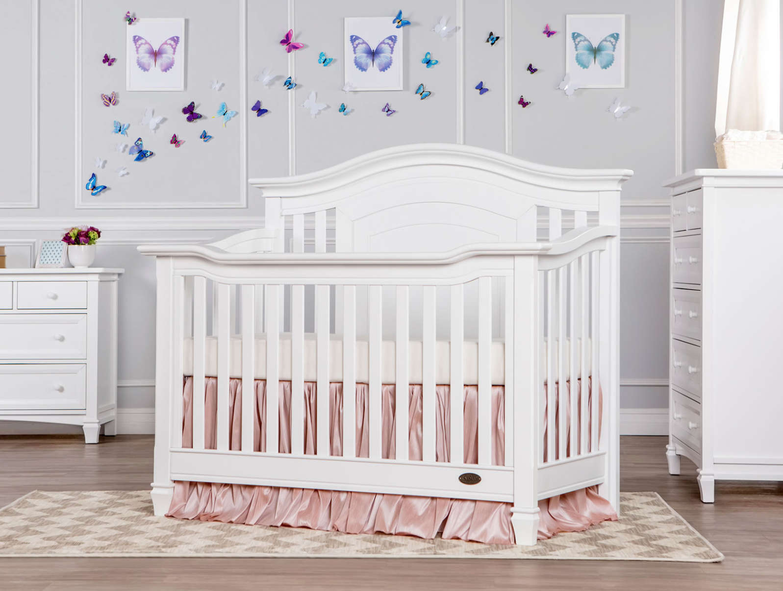We Carry Beautiful And Sturdy Solid Wood Baby Cribs View Our Baby Cribs In Los Angeles And Enquire About One Of Our Quality Cribs Convertible Crib Evolur Crib