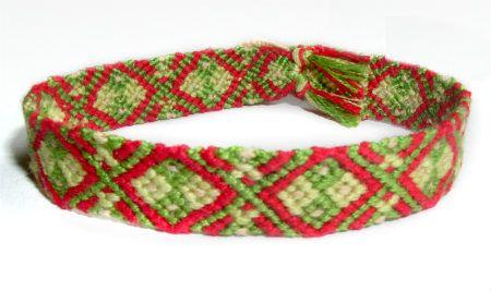 Photo of #32 by Tjoes - friendship-bracelets.net