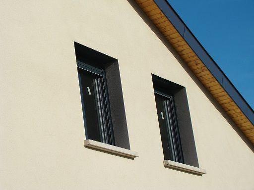 cr pis tableau de fen tres et de porte en gris une. Black Bedroom Furniture Sets. Home Design Ideas