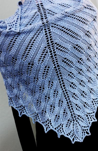 free lace knit pattern shawl wrap | Knitting triangle | Pinterest ...